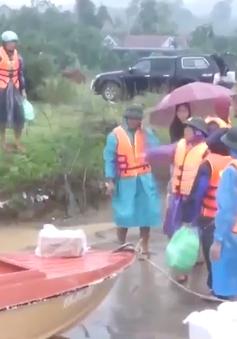 Quảng Bình hỗ trợ người dân vùng lũ