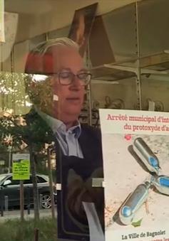 Pháp: Khí cười bán tràn lan, phụ huynh lo trẻ bị ngộ độc