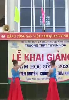 Lễ khai giảng muộn tại  vùng lũ Quảng Bình