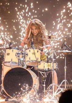 Hóa thân thành Shakira, Mia thắng lớn tại đêm bán kết Gương mặt thân quen