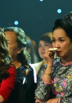 NSND Lan Hương, Bảo Thanh và dàn nghệ sĩ rơi nước mắt tại Gala Việc tử tế 2020
