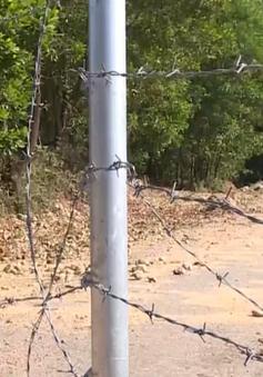 Phá hàng rào bảo vệ cao tốc La Sơn - Túy Loan