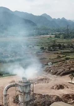 Người dân Hòa Bình sống chung với bụi từ nhà máy sản xuất gỗ ép