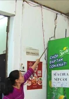 Hà Nội: Hàng chục nhà dân bị nứt vì công trình xây dựng