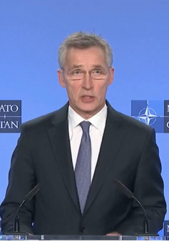 NATO tránh bình luận về vụ không kích của Mỹ
