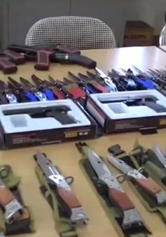 Thu giữ lượng lớn vũ khí thô sơ, công cụ hỗ trợ tại Lào Cai