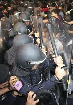 Biểu tình kéo dài 3 tháng, Thái Lan thực thi sắc lệnh tình trạng khẩn cấp tại thủ đô Bangkok
