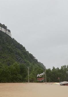 Quảng Bình: Thị trấn Phong Nha chìm trong nước lũ