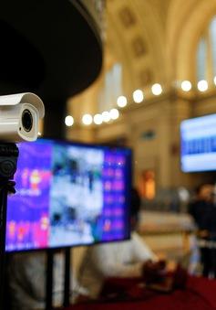 Camera thông minh hỗ trợ phòng dịch COVID-19 tại cửa hàng