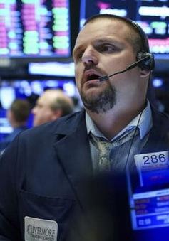 Kịch bản nào cho thị trường tài chính Mỹ sau tin Tổng thống Trump mắc COVID-19?