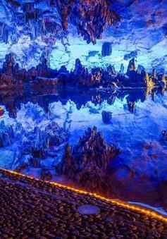 """Khám phá 10 hồ nước ngầm """"đẹp kỳ ảo"""" trên thế giới"""