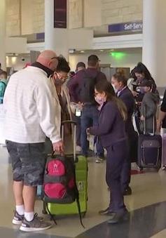 Phản ứng của người dân Mỹ trước khuyến cáo hạn chế du lịch trong lễ Tạ ơn để phòng dịch COVID-19