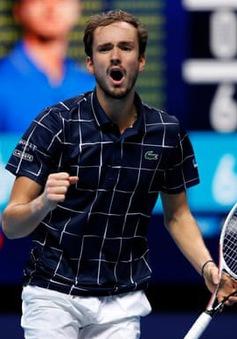 Gục ngã trước Medvedev, Nadal dừng bước tại bán kết ATP Finals 2020