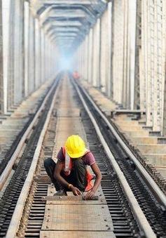 Kinh tế Ấn Độ chính thức rơi vào suy thoái kỹ thuật