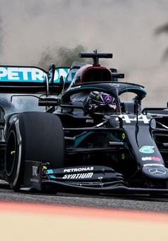 Lewis Hamilton tiếp tục áp đảo ở ngày chạy thử GP Bahrain