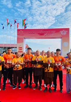 Gần 1500 người tham gia giải Ánh Dương Soi Chiếu Half Marathon 2020