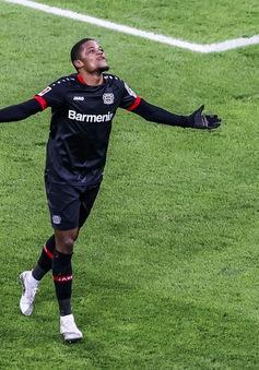 Thắng thuyết phục Hoffenheim, Bayer Leverkusen vươn lên dẫn đầu Bundesliga