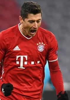 Lewandowski cán mốc 250 bàn tại Bundesliga