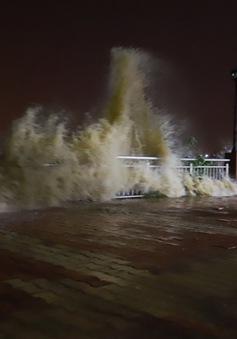Theo dõi chặt chẽ diễn biến áp thấp nhiệt đới có khả năng mạnh lên thành bão