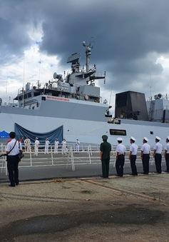 Tàu hải quân Ấn Độ INS KILTAN thăm TP Hồ Chí Minh