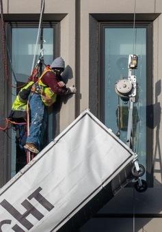 Nổ lớn ở trung tâm thành phố Baltimore của Mỹ, 21 người thương vong