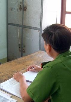 Bắt tạm giam thầy giáo nhiều lần đi nhà nghỉ với nữ sinh lớp 9