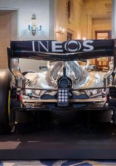 Đội đua Mercedes ra mắt mùa giải 2020: Công bố nhà tài trợ mới