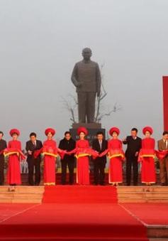 Khánh thành tượng đài Tổng Bí thư Trường Chinh