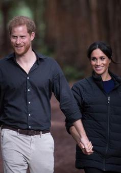 Vợ chồng hoàng tử Harry khẳng định không sử dụng danh hiệu Hoàng gia Anh
