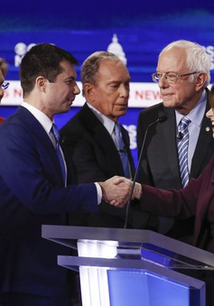 """Mỹ: Vòng tranh luận cuối cùng trước ngày bầu cử """"siêu thứ 3"""""""