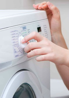 Chọn mức nước, bột giặt và những cách giúp tiết kiệm điện cho máy giặt