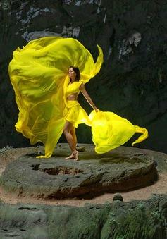 Chiêm ngưỡng bộ ảnh đặc biệt của Hoa hậu H'Hen Niê tại hang Sơn Đoòng