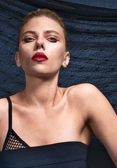 Scarlett Johansson mạnh mẽ và dữ dội trên ấn phẩm tháng 3