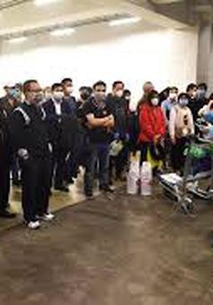 Hà Nội đón hơn 600 người trở về từ vùng dịch COVID-19 đi cách ly