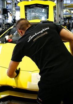 Lamborghini ngừng toàn bộ sản xuất do dịch COVID-19