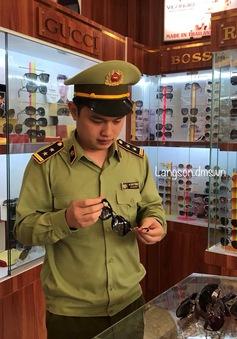 Lạng Sơn: Đồng loạt kiểm tra, xử lý các cơ sở kinh doanh hàng hóa có dấu hiệu giả nhãn hiệu