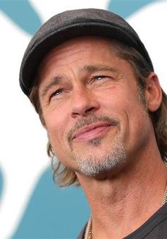 Brad Pitt ngại quay lại cảnh hẹn hò