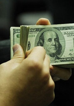 Ngân hàng Nhà nước giảm mạnh giá bán USD
