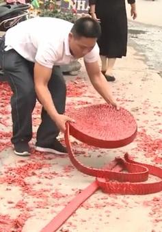 Hà Nội: Ngang nhiên đốt pháo tại đám cưới