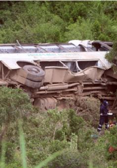 Tai nạn xe bus nghiêm trọng tại Nam Phi, ít nhất 25 người thiệt mạng