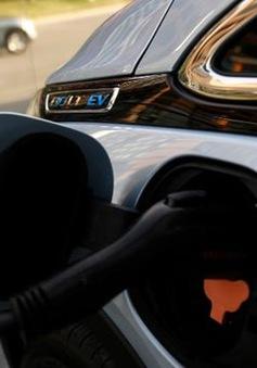 General Motors sẽ tung ra 13 mẫu ô tô điện để cạnh tranh với Tesla