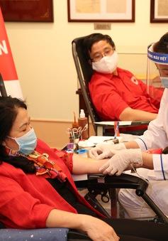 """Hiến máu thường xuyên để """"giữ nhịp đập trái tim"""""""