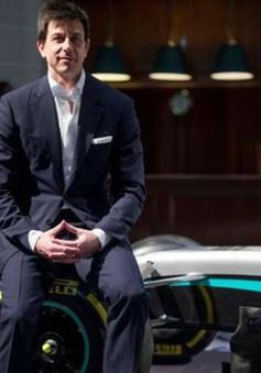 Toto Wolff mua cổ phần đội đua Aston Martin