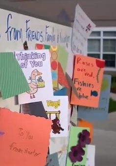 Bưu thiếp chia sẻ yêu thương trong mùa COVID-19 tại Mỹ