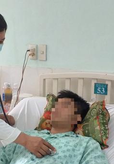 Chỉ đau ngực nhẹ, đi khám phát hiện khối u trung thất gần 1kg chèn ép mạch máu