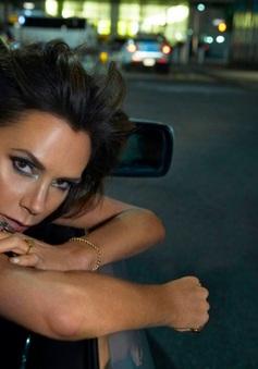 Bà Beck đẹp hút hồn trên tạp chí Vogue