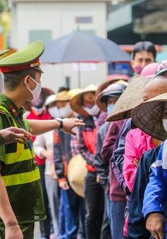 Hướng dẫn chi trả tiền hỗ trợ người dân Hà Nội khó khăn vì COVID-19