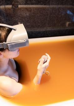 Nhật Bản ra mắt dịch vụ tắm suối nước nóng thực tế ảo VR trong mùa COVID-19