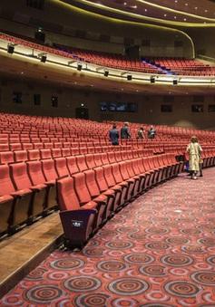 """Các rạp chiếu phim Trung Quốc """"ngắc ngoải"""" vì COVID-19"""
