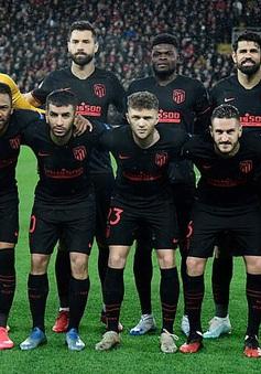 Cầu thủ và HLV Atletico Madrid đồng ý giảm 70% lương